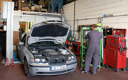 Full Service and Diagnostic Bay